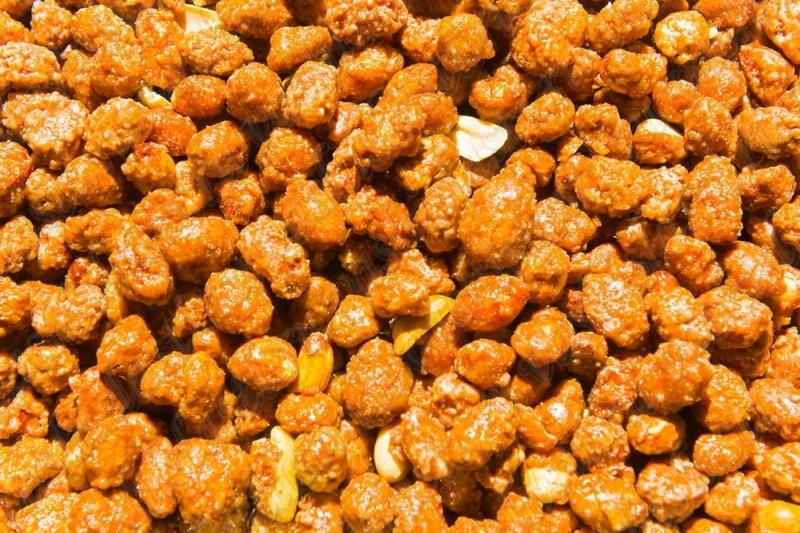 арахис в карамели