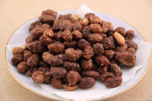 Арахис в жженом сахаре