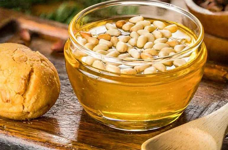 Арахис с медом